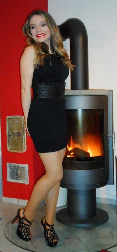 Dress option 2: Black with  waist belt