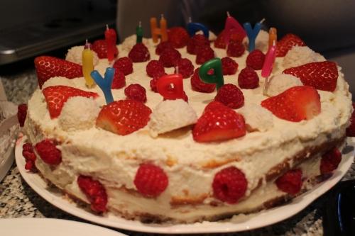 My sister's Raffaello cake